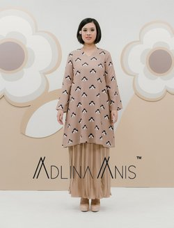 Adlina Anis offers in Adlina Anis catalogue ( 2 days left)