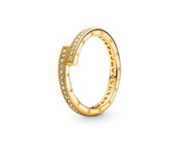 Sparkling Overlapping Ring offers at RM 419